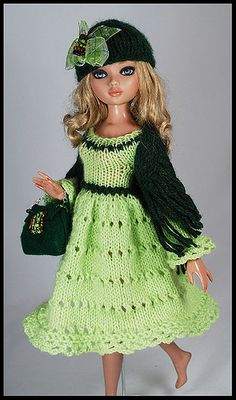 greeen3 | Flickr - Photo Sharing! Pictures a doll in green dress and dark greed sleeve, hat and purse.