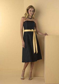 A-line Strapless Knee-length Taffeta Bridesmaid Dress