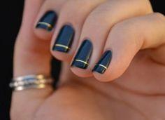 INSPIRA DNIA: złote paznokcie
