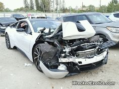 BMW i8 crashed in NY Bmw I8, Rear Ended, Abandoned Cars, Car Crash, Car And Driver, Chevrolet Corvette, Courses, Angels, Electric
