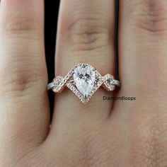 2-Tone-3-45Ct-Certified-Pear-Cut-Moissanite-Curve-Engagement-Ring-925-Silver