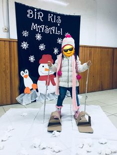 Fashion and Lifestyle Class Activities, Winter Activities, Elephant Crafts, Crazy Hats, School Games, Winter Bulletin Boards, Easy Diy Crafts, Christmas Crafts For Kids, Winter Theme