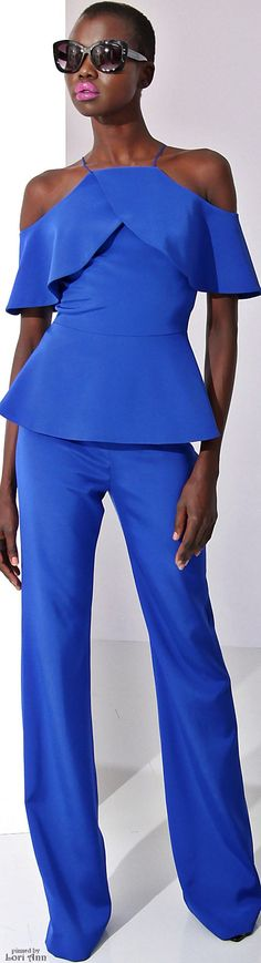 Christian Siriano Pre Fall 2016 l Ria blue women fashion outfit clothing style apparel closet ideas Blue Fashion, Fashion 2017, African Fashion, Fashion Outfits, Womens Fashion, Fashion Trends, Minimalist Outfit, Mode Glamour, Christian Siriano