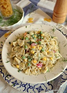 Vegan cold pasta salad with tartar sauce Vegan Sauces, Vegan Foods, Vegan Dishes, Delicious Vegan Recipes, Vegetarian Recipes, Healthy Recipes, Risotto, Whole Food Recipes, Dinner Recipes