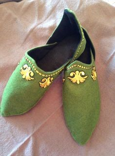 "Wool-felt Persian Slippers, SCA. Provided ""how-to"" construction @ www.academia.edu under my name as  the PDF author."