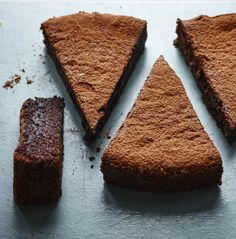 This amaretto cake is so dense and fudgy - and depending on your choice of amaretti. Chocolate Cakes, Sweet Recipes, Cake Recipes, Springform Cake Tin, Cake Tins, Melting Chocolate, Eat Cake, Sweet Tooth, Cake