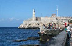 Vista del Castillo del Morro desde el Malecón (Foto: detroitstylz bajo lic. CC BY-NC 2.0)