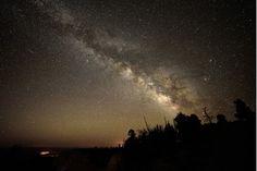 Vía Láctea sobre el Cañón Bryce en los Estados Unidos de Norteamérica. Pavel Vorobiev. Equipo utilizado: Nikon D750 @ 20s, Rokinon 14mm @ F/2.8, ISO3200.