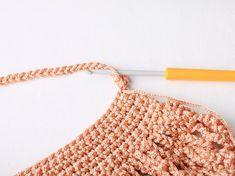 Háčkovaná taška | Korálky.stoklasa.cz Crochet Basket Pattern, Crochet Patterns, Crochet Market Bag, Hippie Chic, Knit Crochet, Diy And Crafts, Knitting, Fashion, Crochet Hand Purse