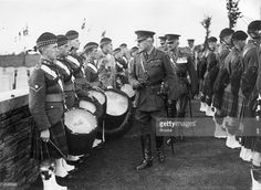 sir-douglas-haig-british-commander-in-chief-of-home-forces-inspects-a-picture-id3133583 (1024×750)