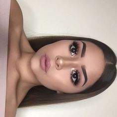 Simple Makeup Ideas for Brown Eyes That You Have To Try 24 – - Prom Makeup Looks Cute Makeup, Gorgeous Makeup, Pretty Makeup, Simple Makeup, Natural Makeup, Makeup Looks, Funny Makeup, Colorful Makeup, Flawless Makeup