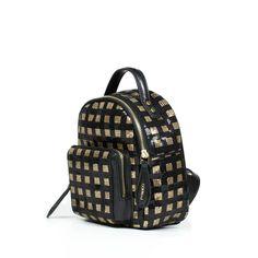 PINKO €596.00 100% Leather 20x22x12 cm  Доставка в Россию бесплатно! VANNESY2V2PIZH2 #ootd #outfit #outfitoftheday #lookoftheday #fashion #style #love #beautiful #currentlywearing #lookbook #whatiwore #whatiworetoday #clothes #mylook #todayimwearning #fw16 #shopping #boutique #onlinestore #fashionblog #fashiondiaries #pinko #bag #бесплатная_доставка