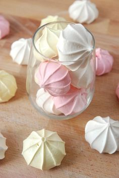 Meringue Kiss Cookies Yield: 24 cookies ingredients: 4 eggs whites 1 cup sugar Pinch of tartar 1 teaspoon of vanilla extract Food coloring/dye of your choice. i flipping love these!