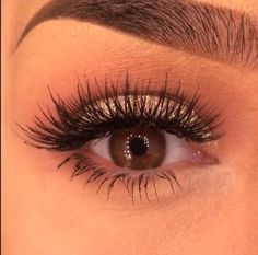 Eyelash extensions look for wedding !