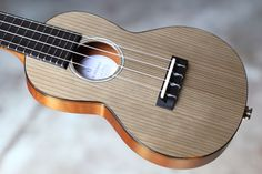 BLUE STRINGS SU414 #ukulele