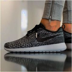 Free Runs outlet only $21.9,Press picture link get it immediately! 3 days…