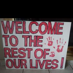 Welcome home sign for dad in afghanistan from mama and two daughters <3