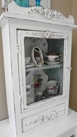 "Spanish copper rub n buff from ""For the love of white: My Teacup Cupboard""  how to get this look"