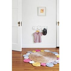 Daisy Flower Weave Rug (pastel) India's room