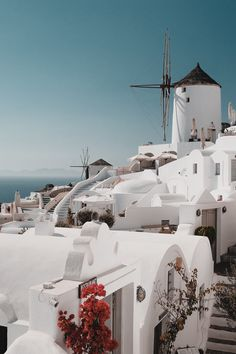 The BEST Boutique Hotels in Santorini island in Greece for 2019 Santorini Hotels, Santorini Island, Santorini Greece Vacation, Tonga, Places To Travel, Places To Go, Travel Destinations, Greek Island Hopping, Greece Pictures