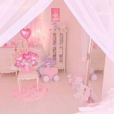 Cute Room Ideas, Cute Room Decor, Pastel Room, Pink Room, Bedroom Layouts, Room Ideas Bedroom, Dream Rooms, Dream Bedroom, Pink Bed Sheets