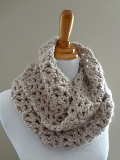 Free Crochet Pattern for Pavement Infinity Scarf or make it a Cowl