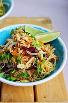 Shrimp Pad Thai | The Mother Cooker