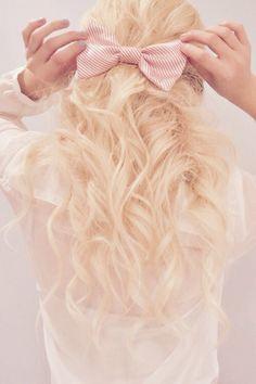 ♡ Girly half up hairstyle tutorial https://youtu.be/-EyGwAnyHbQ ♡ xoxo, Jasmine