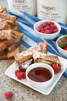 French toast sticks make a favorite family favorite breakfast. Ready in minutes, this simple recipe for homemade French toast sticks will be your new go to.