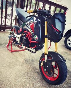 200+ Custom Honda Grom   MSX125 Pictures / Photo Gallery. Stretched & Lowered + Turbo Kits + Exhausts + Custom Wheels & Paint + Sport Bike Fairings / Plastics and More on Honda's hottest selling motorcycle in many years! www.HondaProKevin.com