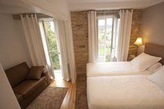 Catedral Suites - Apartamentos Turísticos en Santiago de Compostela, Galicia. Apartamento Cruceiro do Gaio, Tercera Planta