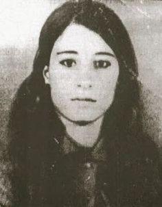 Leyla Qasim from Khaneghin a Kurdish activist against the Iraqi Ba'ath regime who was executed in Baghdad. Kurdistan, Religion, The Kurds, Intelligent Women, Female Fighter, Portraits, Garden Of Eden, Islamic World, Baghdad