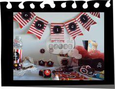 Cumpleaños nro 5 de Benicio / Temática: Piratas : diseño de invitaciones, tarjeta depara souvenirs, envoltorios para golosinas, banderines, cartel de bienvenidos, tarjeta de mesa, cartel mesa dulce, etiquetas para botellas y Circulos multiuso