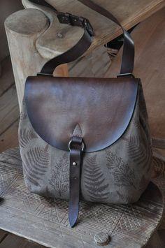 64dd24eda535 Лучших изображений доски «Сумки»: 28 в 2019 г. | Leather craft ...
