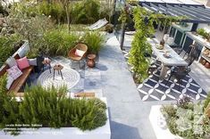 Inside-Outside garden with outside tiles. Design: Jacqueline Volker www. Photos: Frans de Jong Styling m.