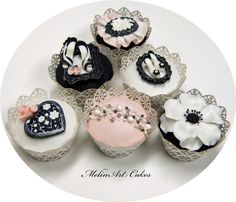 Couture cupcakes - Couture cupcakes for bridal shower