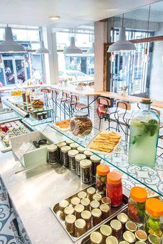 Les enseignes de cuisine vegan ne cessent de fleurir dans la capitale, voici quelques adresses de restaurants sélectionnées pour vous.
