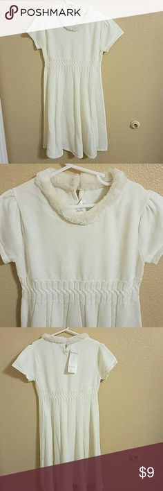 Gymboree NWT Short Sleeve Sweater Dress Size 8 Beautiful Gymboree NWT White Short Sleeve Sweater Dress with Faux Fur Collar and Cable Knit Pattern. Buttons on back Gymboree Dresses