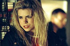 """18 Reasons Rose Tyler Was Undeniably The Best Companion On """"Doctor Who"""""""