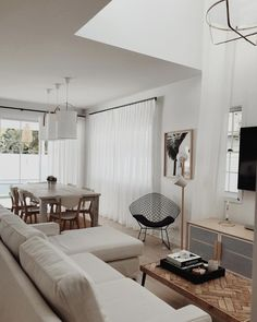 Home Decoration Cheap Ideas Living Room Inspo, Room Inspiration, Studio Apartment Decorating, Interior, Small Space Interior Design, Moving Apartment, House Interior, Room, Apartment Decor