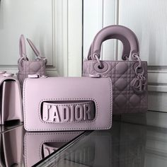 Christian Dior, believe it or not, is new on the scene. So new that in when he premiered his first collection, he revolutionized fashion with the Dior Purses, Dior Handbags, Luxury Handbags, Purses And Handbags, Cheap Handbags, Replica Handbags, Luxury Purses, Burberry Handbags, Gucci Bags