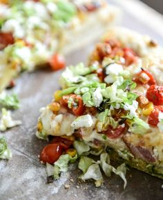 BLT Pizza with Grilled Corn Crumbled Feta | http://howsweeteats.com
