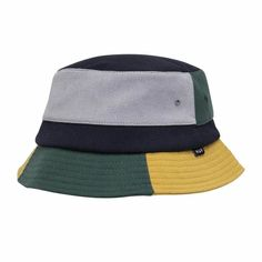 Get that 90s vibe styling with the new Huf Meadows Bucket Hat. Skateboard Fashion, Strapback Hats, Diamond Supply, Lifestyle Clothing, Huf, Thrasher, Skate Shoes, Hats For Men, Caps Hats
