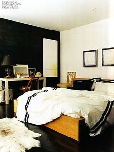 Domino Magazine feature on Jenna Lyons. Amazing bedroom.