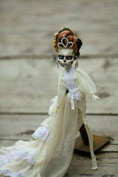 Monster High -Corpe Bride(Skelita)