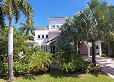 541 S. Mashta Dr  Key Biscayne, Fl Key Biscayne, Mansions, Architecture, House Styles, Home Decor, Arquitetura, Decoration Home, Manor Houses, Room Decor