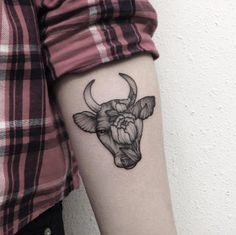 Dotwork Taurus tattoo by Elizabeth Yakunina