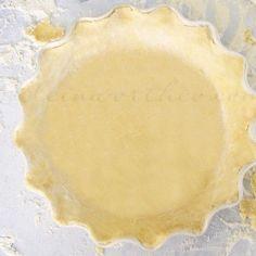 Easy Pie Crust - Kleinworth & Co Best Pie Crust Recipe, Pie Pastry Recipe, Apple Pie Crust, Pie Dough Recipe, Pie Crust Recipes, Pastry Recipes, Baking Recipes, Baking Tips, Baking Ideas