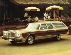 1977 Chrysler Town & Country Station Wagon. Yup, this is now a minivan.