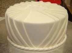 Pleated Fondant Dummy Cake